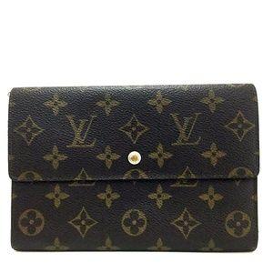 Auth Louis Vuitton Pochette Passport #1012L77
